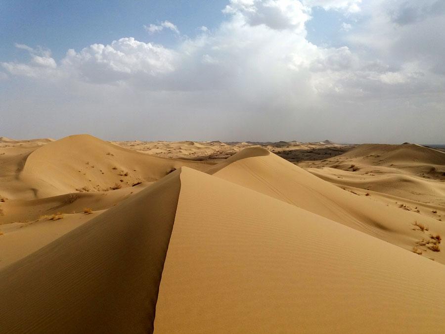 DESERT - تپه های ماسه ای شهر ورزنه