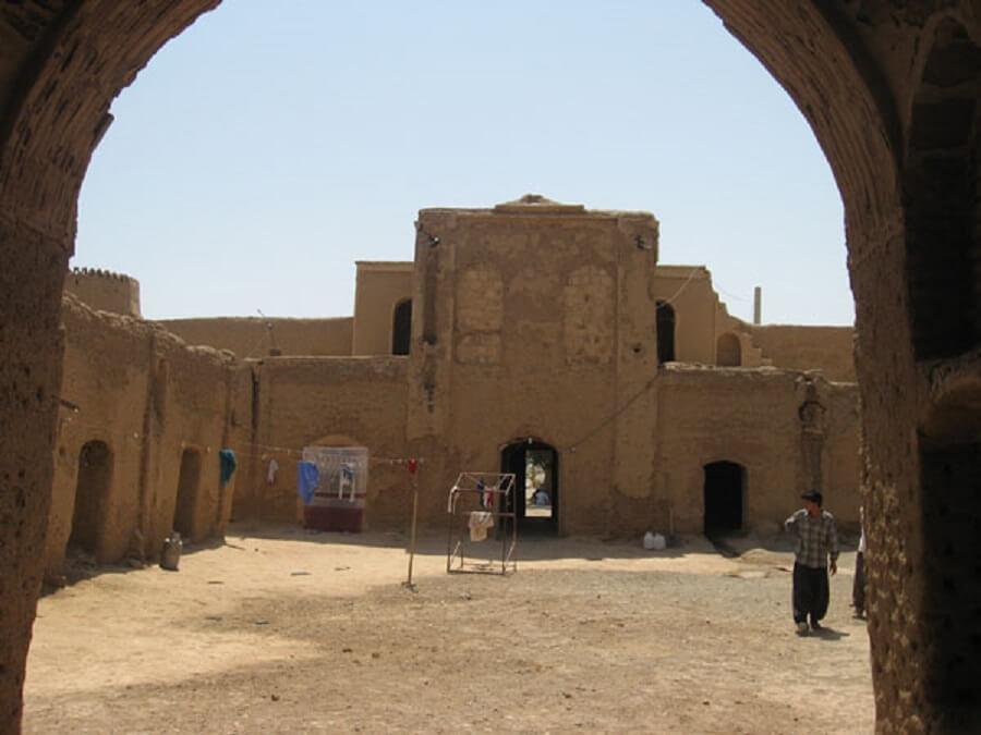 قلعه خان آباد