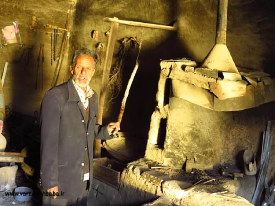 آهنگری سنتی در ورزنه