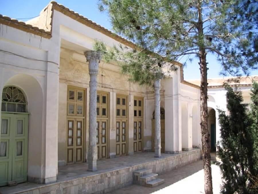 منزل داراب قرهی