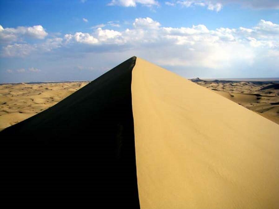 desert 1 - تپه های ماسه ای شهر ورزنه