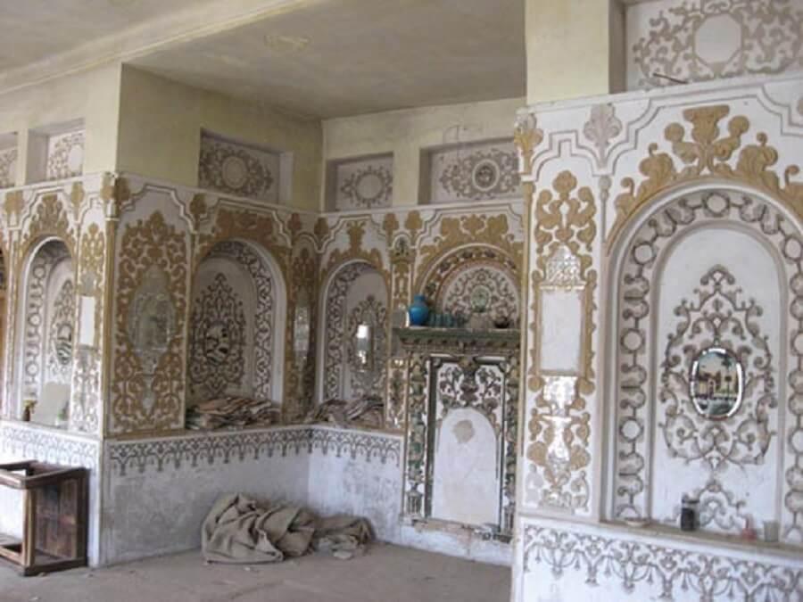 خانه داستانی حسین آباد جرقویه