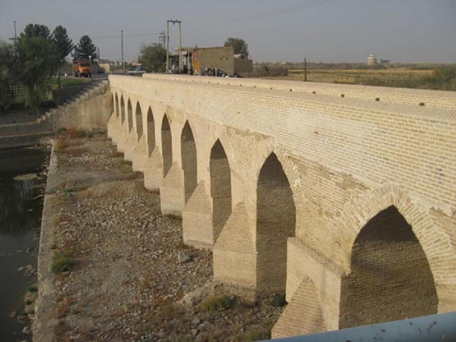 پل تاریخی شهر اژیه