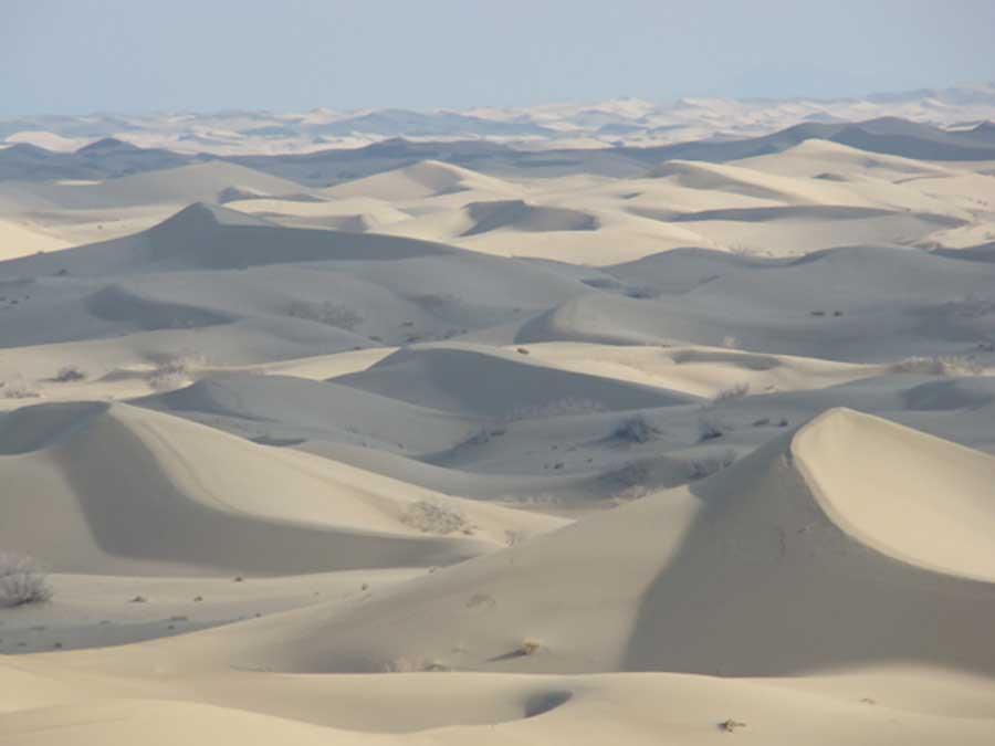 varzaneh desert - کویر ورزنه (کویر خارا)