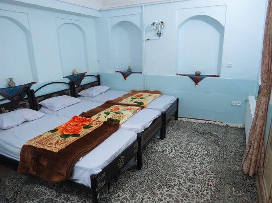 varzaneh guest house 6 - اقامتگاه سنتی ورزنه