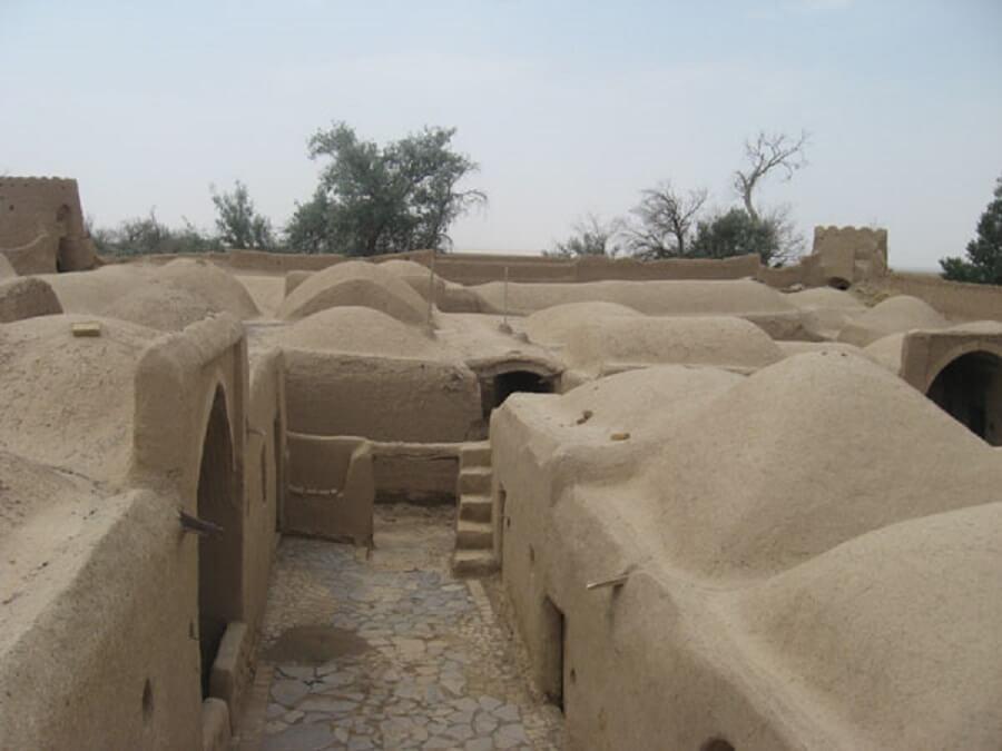قلعه خیر آباد